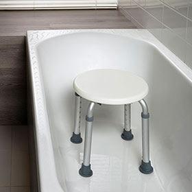 Sillas y taburetes para el baño - Leroy Merlin