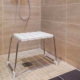 Sillas y taburetes para el baño - Leroy Merlin 60d2239883f6