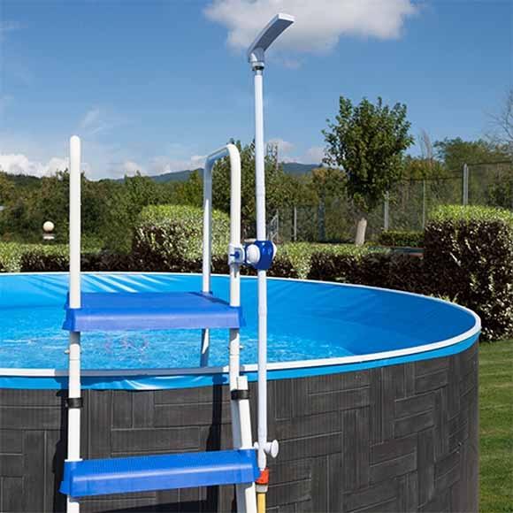 Ducha desmontable gre escalera ref 19226424 leroy merlin for Duchas piscina leroy merlin
