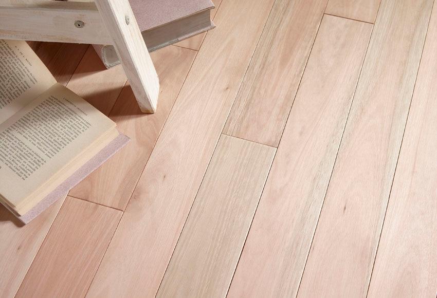 Suelo laminado ac3 eucalipto bruto ref 14992166 leroy - Suelos de madera leroy merlin ...