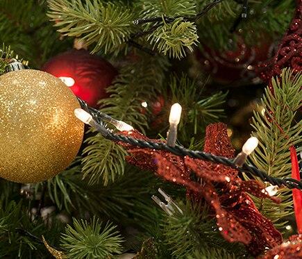 Guirnalda con 200 bombillas blancas 10 5 m ref 12946913 for Guirnalda bombillas leroy merlin