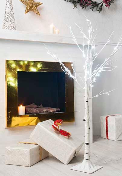 Rbol de navidad de 120 cm con 48 luces led abedul ref for Luces de navidad leroy merlin