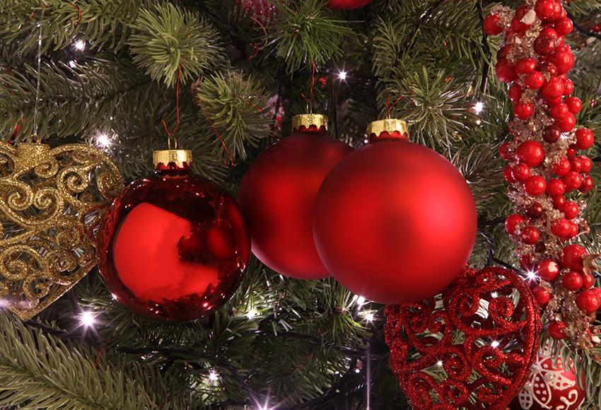 fa18a64e163 Surtido de 6 bolas navideñas rojas de 8cm Ref. 16992626 - Leroy Merlin